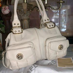 Michael Kors Stunning cream leather bag
